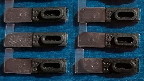 Grille anti - poussière de remplacement iPhone 6 et 6 Plus