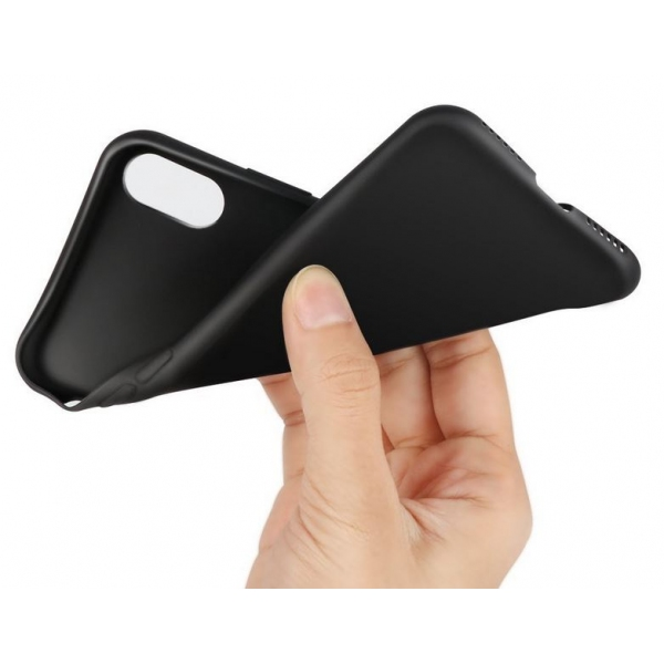 coque souple noire iphone xr