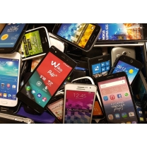 LOT DE 30 MOBILES FACTICES